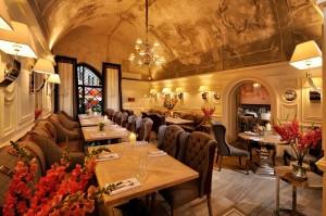 Wnętrze restauracji DSC 0836x